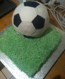 FCFK - footie cake 3