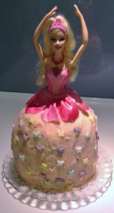 FCFK - little Barbie cake